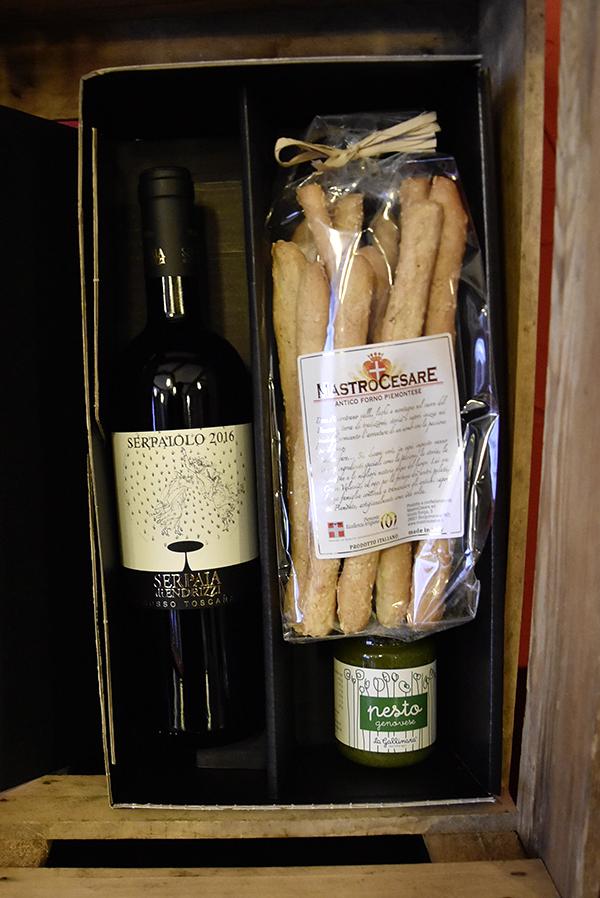 Wein,pesto,knabberoni